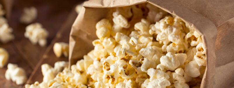 8 Best Popcorn Machines Review & Buyers' Guide